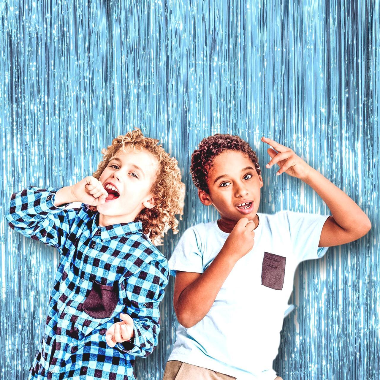 Дождик для фотозоны   бирюзово- голубой 300 х 100 см