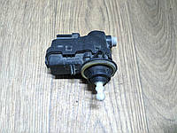 Корректор фар Renault Trafic, Opel Vivaro 2001-2006, 8200402521 (Б/У)