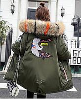 Молодёжная стильная зимняя куртка парка с манжетом капюшон с цветным мехом, фото 1