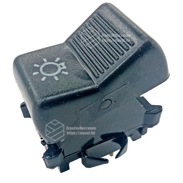 П150М.25.52 Переключатель света фар, знак автопоезда МТЗ (клавиша)