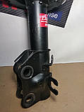 Амортизатор передний правый Mazda 6 12-19 Мазда KYB, фото 4