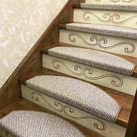 Лестница, ступени, антискользящие коврики