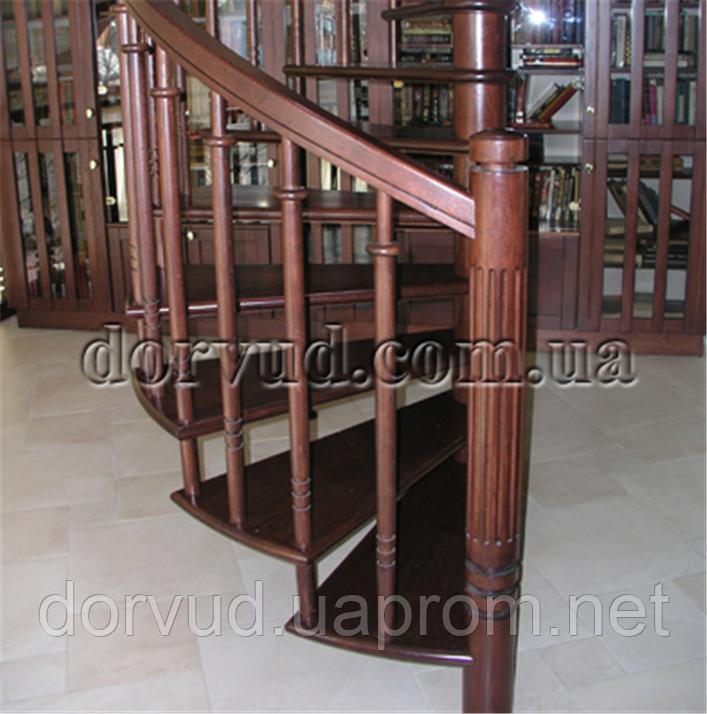 Лестница деревянная винтовая Л 17