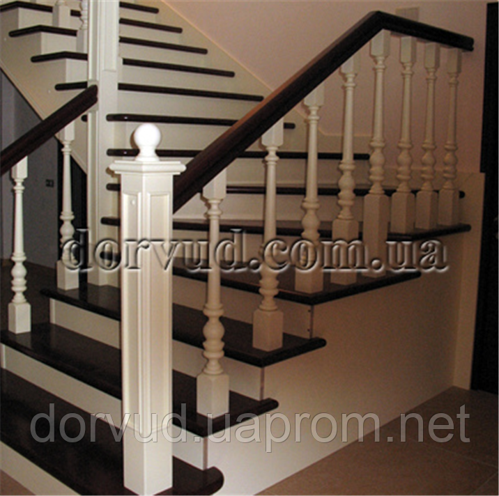 Лестница из дерева цельного Л 13