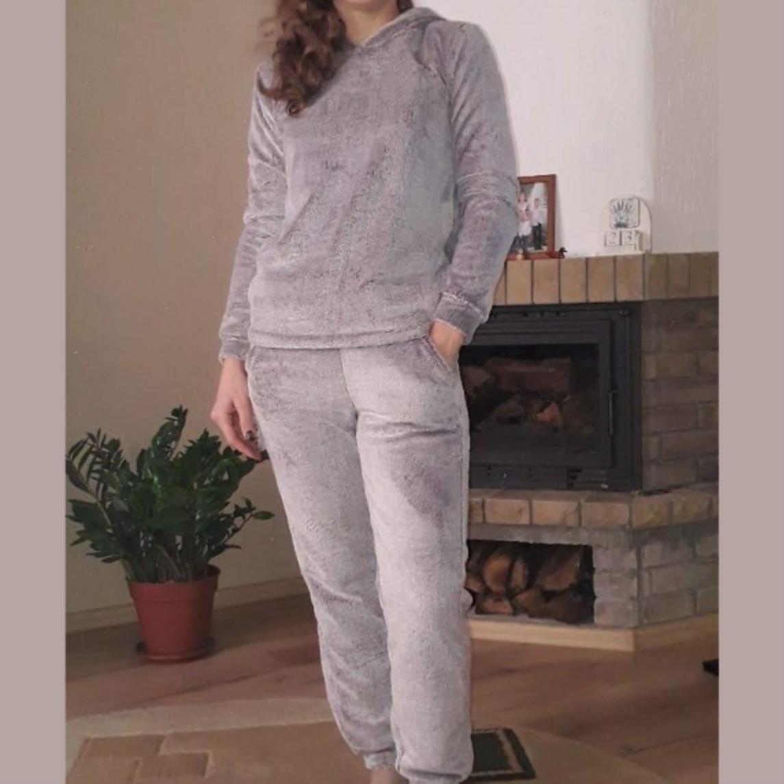 """Теплая женская пижама """"Серая"""" Велсофт штаны и кофта"""