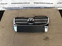 Решотка радиатора Volkswagen Golf 5