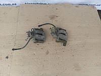 Задние суппорта левый,правый  Volkswagen Golf 5
