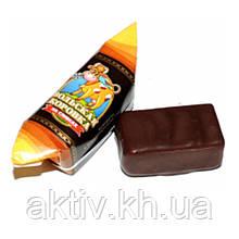 """Шоколадні цукерки ,,Корівка Вольська """"на вершках в кондитерській глазурі 1кг"""