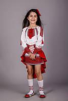 """Вышитый костюм для девочки """"Павлин"""""""