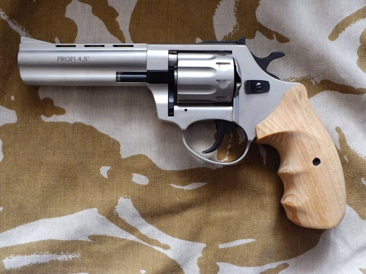 Револьвер под патрон Флобера Profi 4.5'' Satin с деревянной рукоятью
