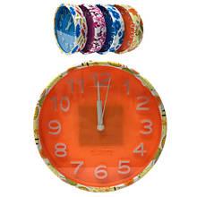 Круглые часы с узорами с будильником