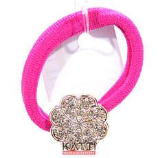 KATTi резинка для волос 32 685 средне малая с брошкой, стразами ярко розовая, фото 3