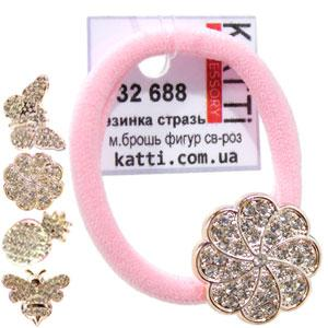 KATTi резинка для волос 32 688 средне малая с брошкой, стразами светло розовая
