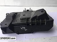 Другие запчасти Opel Astra H подставка акомулятора 13235804