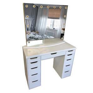 Гримерный стол для визажиста, бровиста, парикмахера.(Производство и продажа)