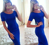 Трикотажное платье до колена