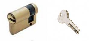 ISEO R6 40 (30х10) ключ-заглушка  латунь