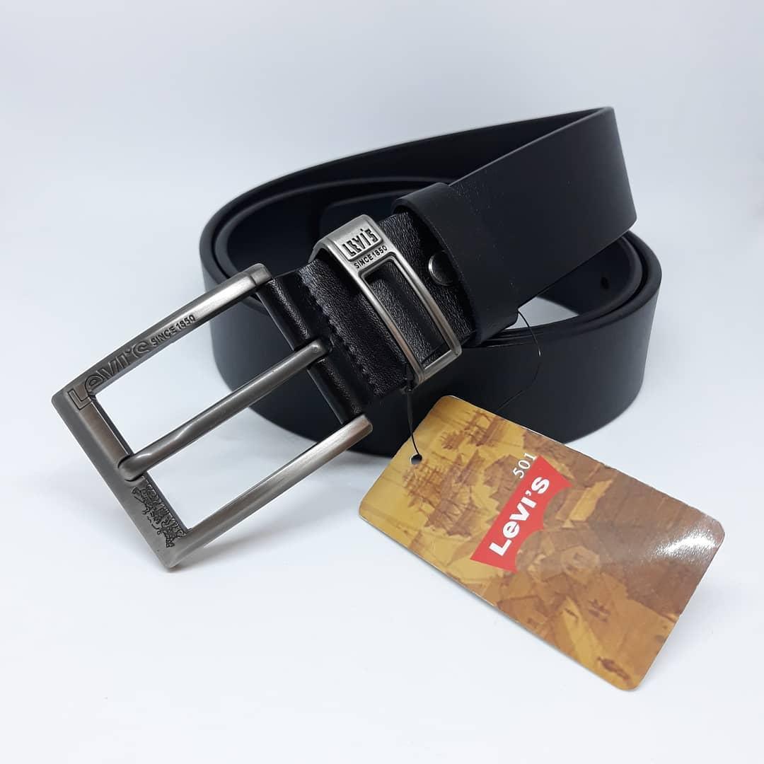 Мужской ремень Levis классический пояс черный 120 см кожаный