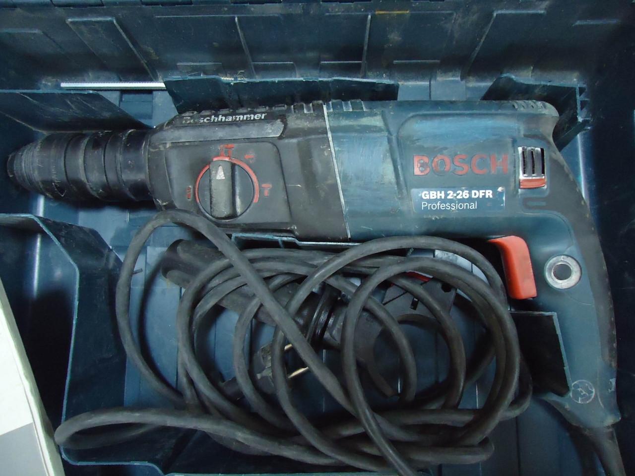 Перфоратор Bosch Professional GBH 2-26 DFR 800 Вт