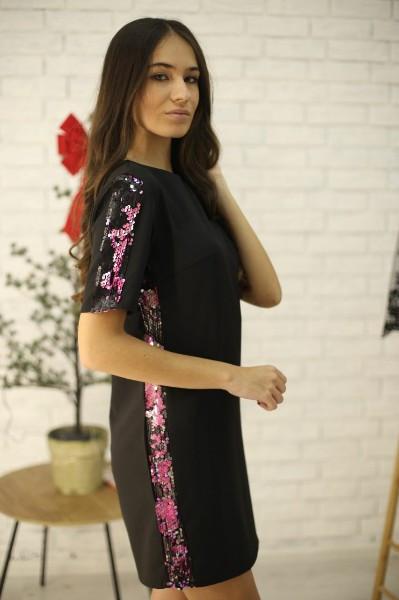 Прямое платье с коротким рукавом и отделкой из пайеткой 52py535