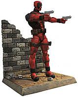 Фигурка Дэдпула c аксессуарамиот Марвел - Deadpool Marvel