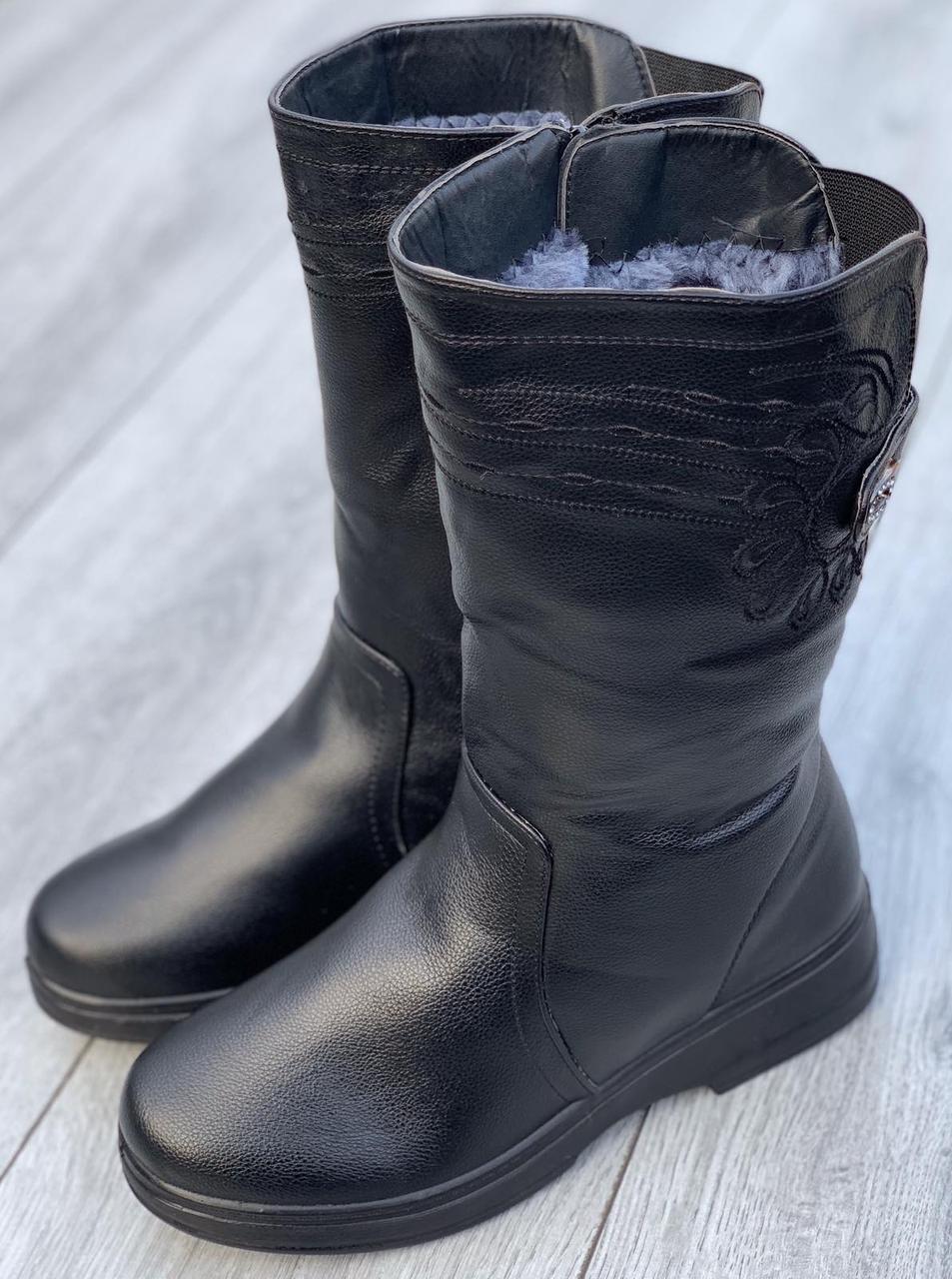 Ботинки женские зимние 8 пар в ящике черного цвета 37-42
