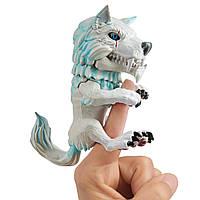 Оригинальная детская интерактивная фигурка Фингерлингс волк Снежная буря Fingerlings Wolf Blizzard 3962