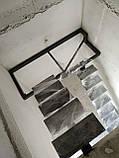Лестница на центральной несущей (монокосоуре) в картиру, дом, котедж, таун-хаус, фото 3