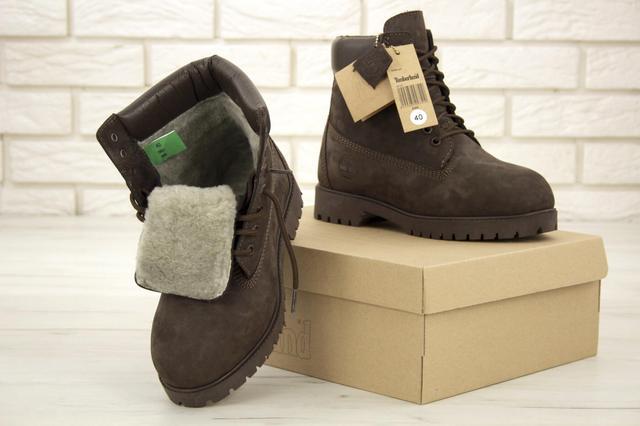 Мужские ботинки Timberland на натуральном меху коричневого цвета фото