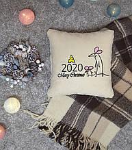 """Новогодняя подушка с вышивкой """"Merry Christmas 2020"""" 03"""