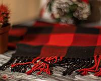 Теплый зимний женский шарф Дреды в клетку красный с черным
