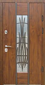 Металлические входные двери «Редфорт  (Redfort) Авеню» со стеклом и ковкой
