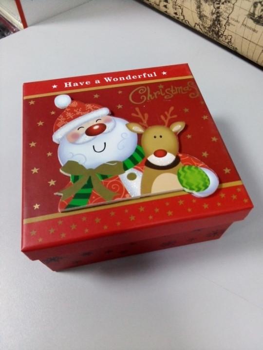 Коробочка новогодняя подарочная 13 см