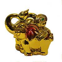 Слон золотой с жезлом жуи.