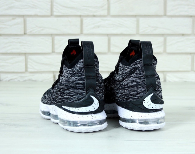 Кроссовки Nike LeBron XV 15 Grey фото