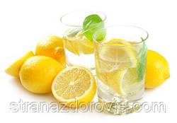 7 причин випити склянку води з лимонним соком.