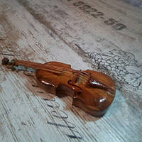 Індивидуальное исполнение. Скрипка в миниатюре