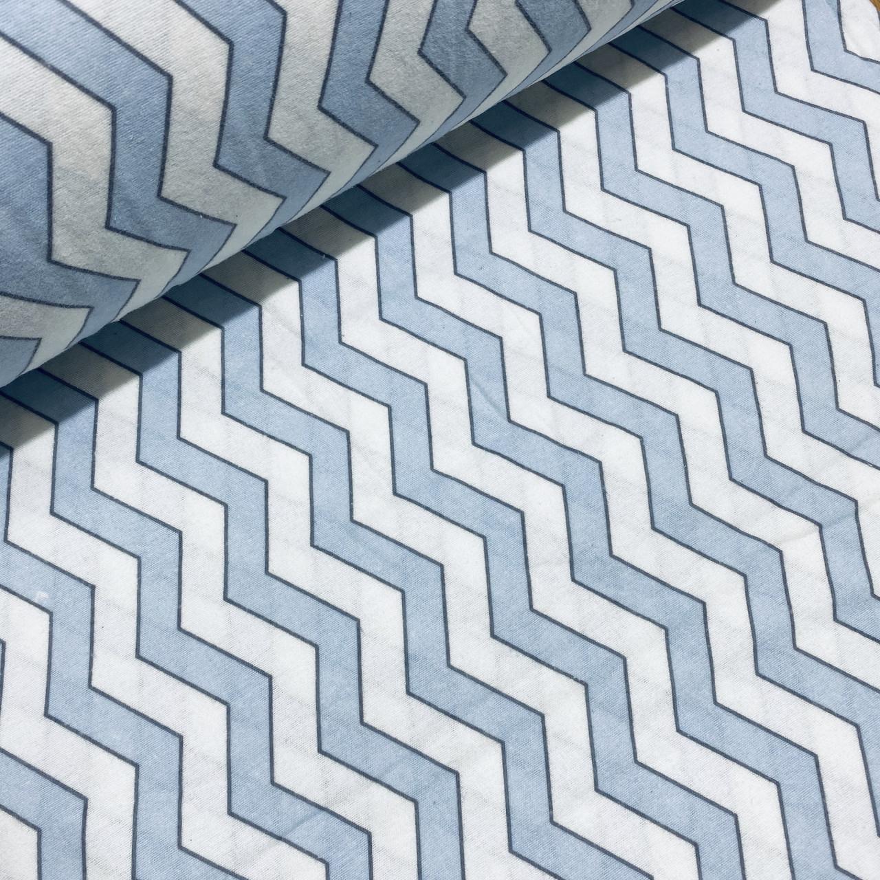 Фланелевая ткань зигзаг светло-голубой на белом (шир. 2,4 м)