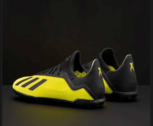 detskie-futbolnye-sorokonozhki-adidas-9q2q1813611