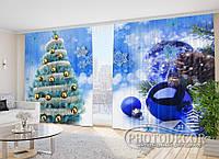"""Новогодние Фото Шторы в зал """"Елка на голубом фоне с голубыми игрушками"""" 2,7м*4,0м (2 полотна по 2,0м), тесьма, фото 1"""