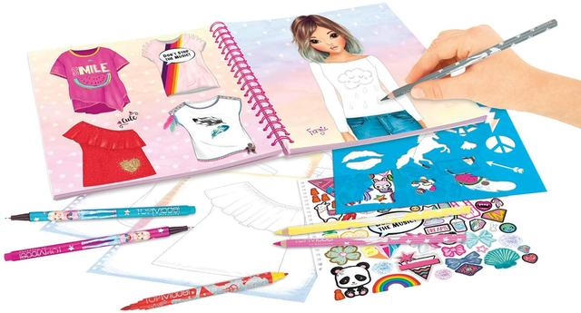 T-shirt designer colouring book