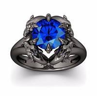 Оригинальное кольцо черное с темным синим камнем в готическом стиле