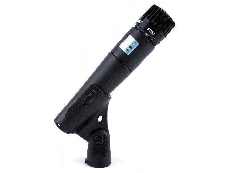 Шнуровой микрофон Shure SM57