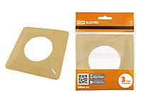 Одноместная защитная рамка для выключателей или розеток для защиты обоев 130х130 мм, сл. кость TDM