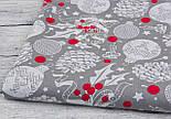 Лоскут ткани с шишками и красными ягодами на сером фоне №946, фото 5