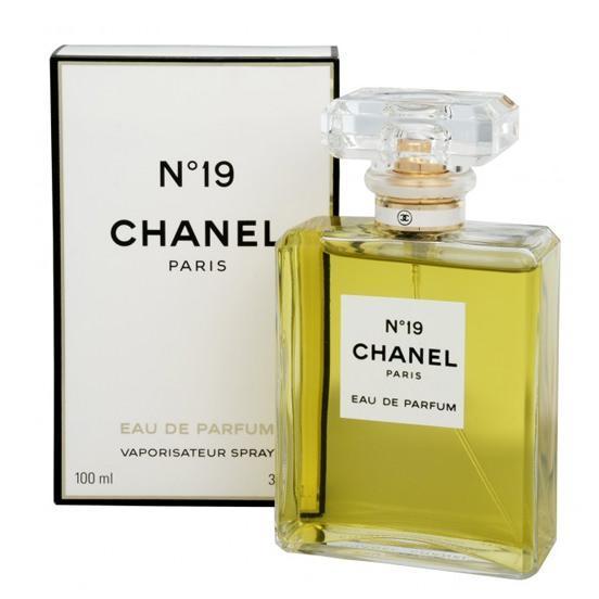 Женская парфюмированная вода Chanel № 19 (Шанель №19) 100мл