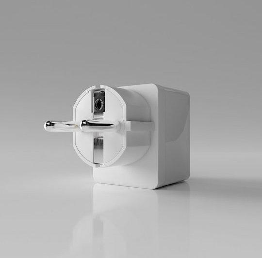 Qubino Smart Plug 16A, розетковий вимикач з лічильником електроенергії