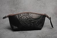 Женская кожаная чёрная косметичка ручной работы