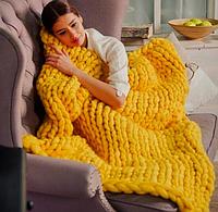 Желтый плед из шерсти мериноса
