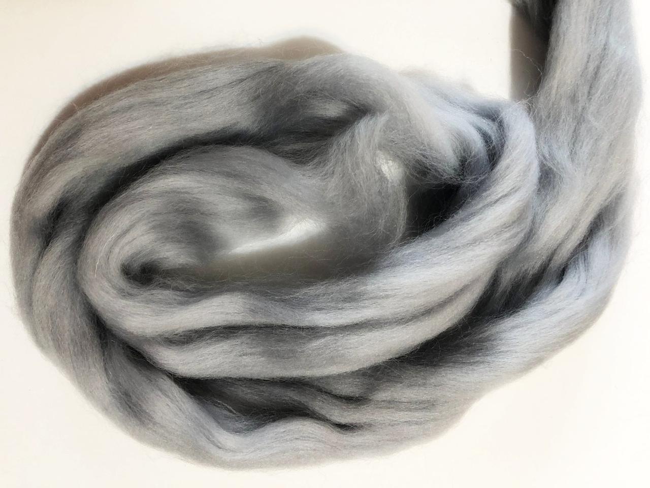 Шерсть для валяния австралийский меринос 23 микрон (10 грамм = 25 см) - серебро серая. Фелтинг. Вовна